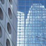 Современные фасады зданий — алюминий или нержавеющая сталь?