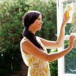 Как снять пленку с пластиковых окон: эффективные методы и полезные рекомендации