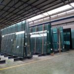 Как хранение многослойного стекла влияет на резку стекла