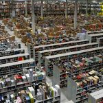 Amazon — американская компания, крупнейшая в мире по обороту среди продающих товары и услуги через Интернет