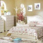 Спальня в провансальском стиле — оригинальные дизайны, особенности их реализации и варианты оформления интерьера (75 фото)