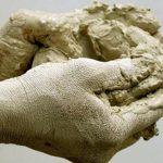 Что такое шамотная глина и для чего ее применяют?